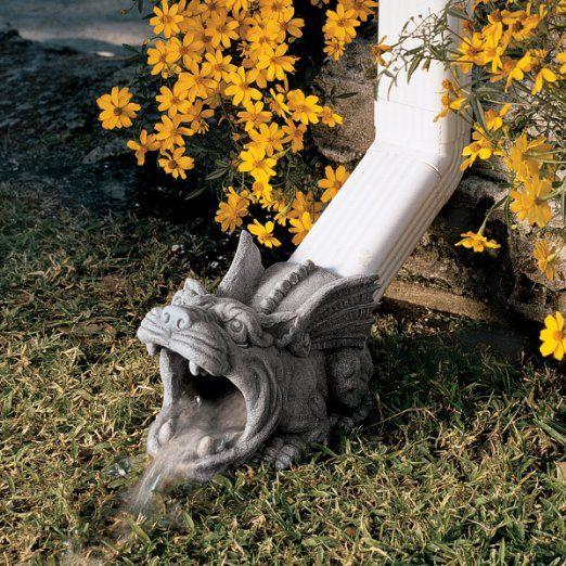 Design Toscano Qm7512079 Roland The Gargoyle Rain Gutter Gothic Garden Garden Statues Gargoyles