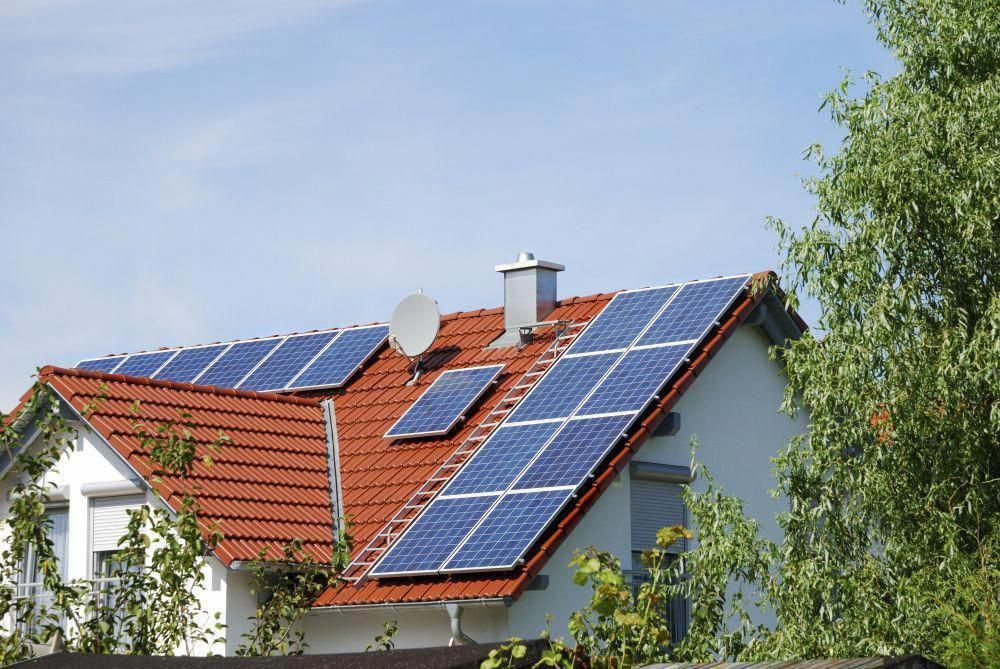 Solar Installations Soar In California Surpassing Expectations Solarinstallation Solarpanels Solarenergy Solarpower So In 2020 Solar Solar Installation Solar Panels