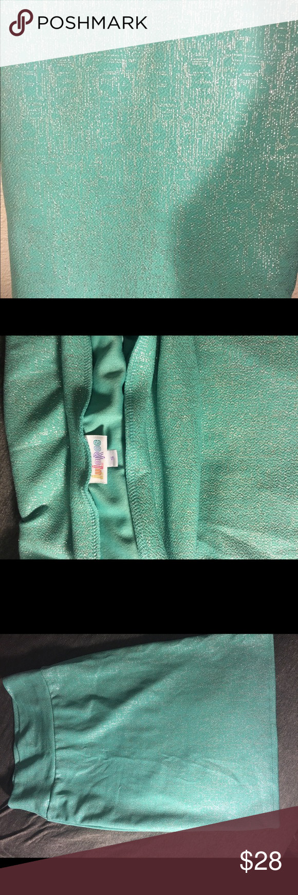 Small Cassie skirt EUC Small LuLaRoe Cassie skirt. Worn once and washed per LLR standardS. Teal base with specks of silver LuLaRoe Skirts Pencil