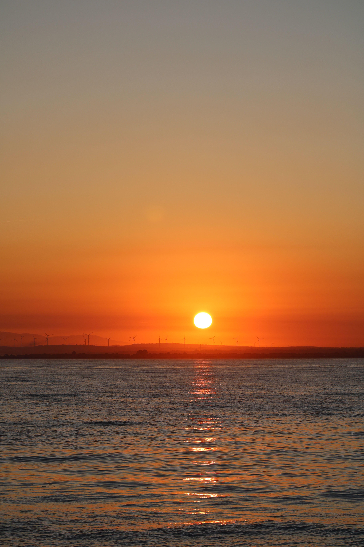 paisajes del amanecer desde el catamarán