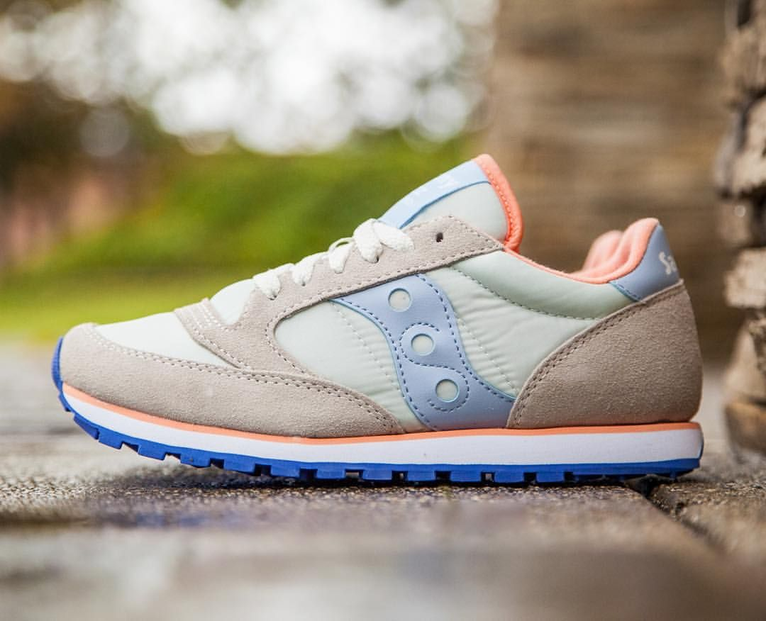 saucony low pro womens