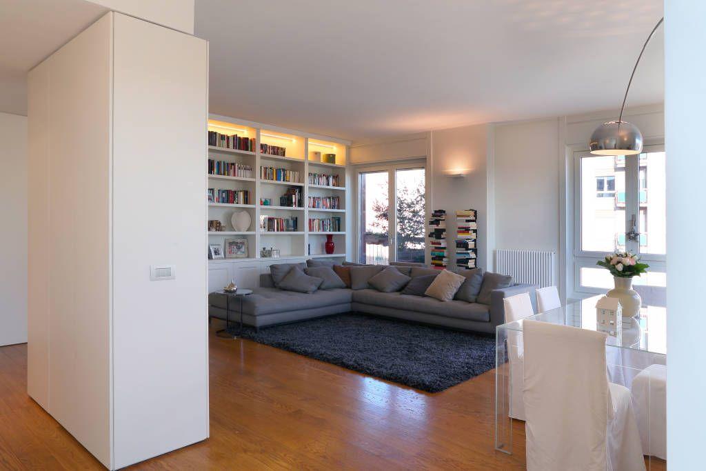 Sfoglia le immagini di Soggiorno in stile in stile Minimalista % di stile in bianco. Lasciati ispirare dalle nostre immagini per trovare l´idea perfetta per la tua casa.