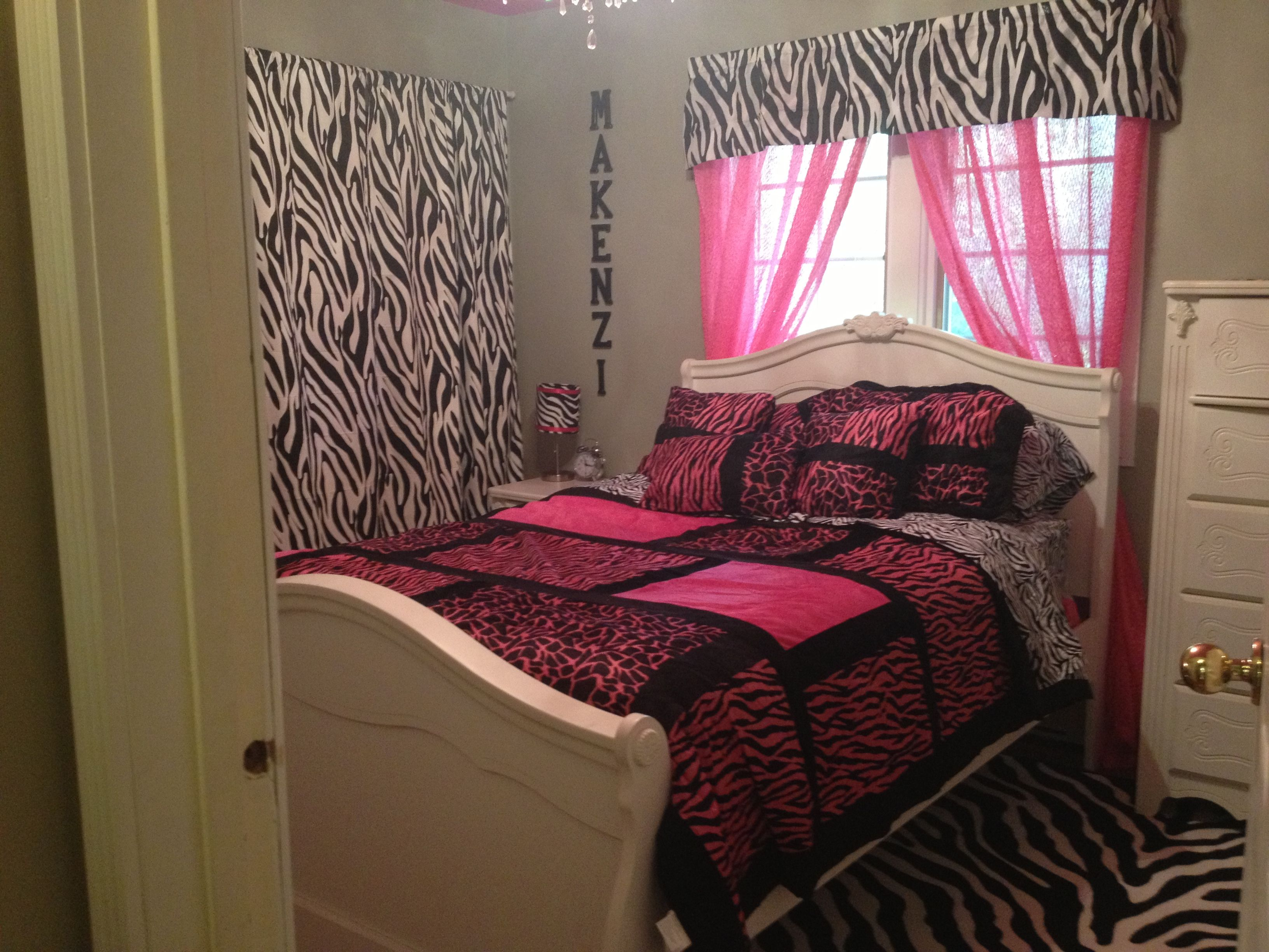 pink leopard bedroom the 25 best pink zebra bedrooms ideas on pink 12875