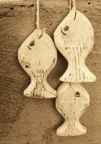 poissons en bois