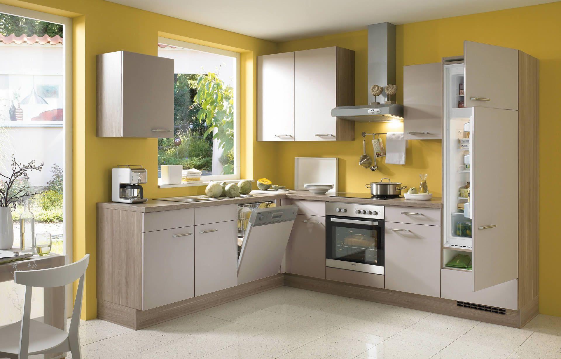 Küchenplan grundriss gelb küche wände mit weißen schränke  visualisieren sie den entwurf