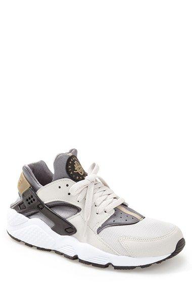 Nike 'Air Huarache' Sneaker (Men