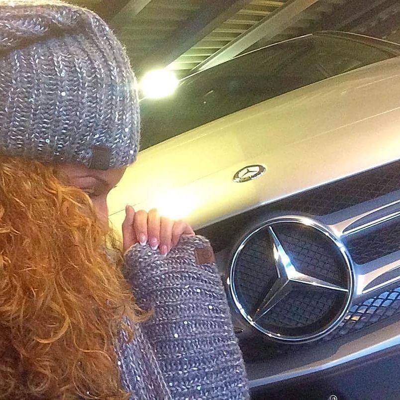 Vieni a scoprire la nuova collezione invernale Mercedes-Benz! #MercedesBenz #Daimler #Sciarpa #Cappello #barbuscia
