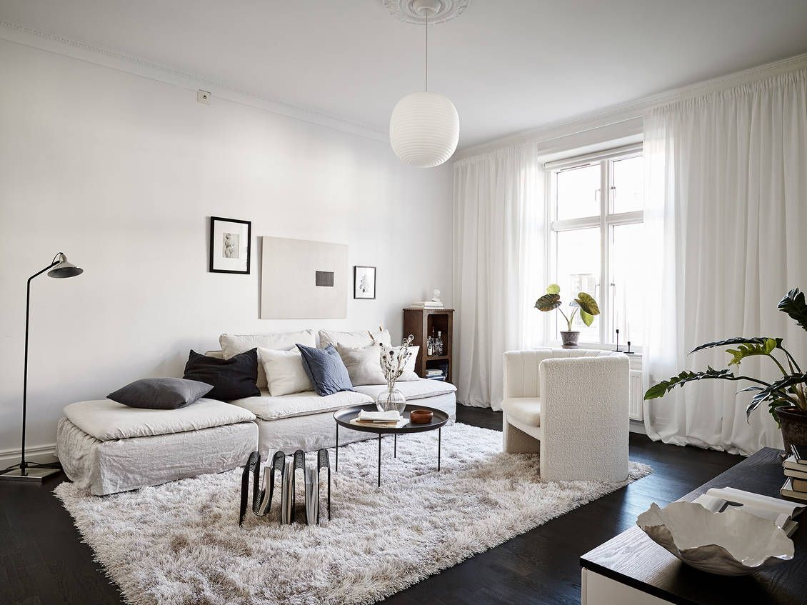 Cozy Living Room With White Textiles Coco Lapine Design Living Room Grey Living Room Carpet Modern Cozy Living Room #white #cozy #living #room