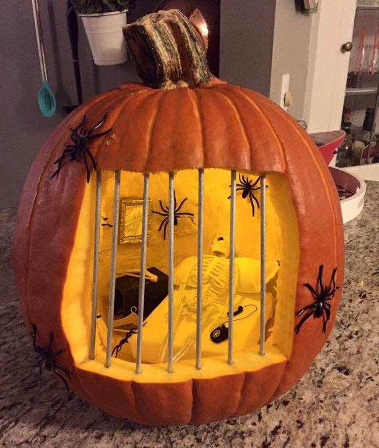 Creative Halloween Pumpkins 2020 40 Pumpkin Carving Ideas   Jack o' Lanterns for Halloween 2020