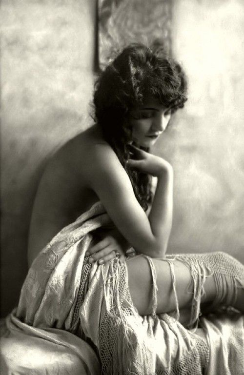 As Belezas Vintages do Ziegfeld Follies – Vintage Beauties from the  Ziegfeld Follies
