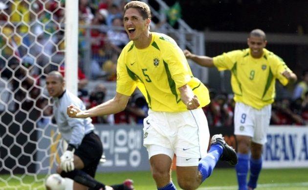 Edmilson Copa 2002 Luiz Felipe Scolari Ed Jpg 630 388 Com
