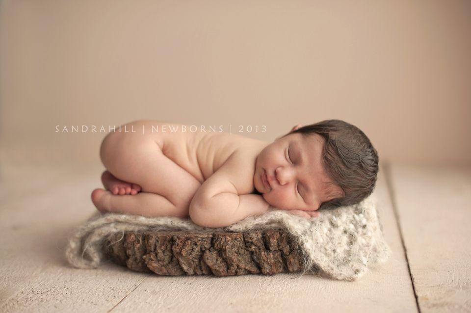 Newborn photographer hamilton ontario