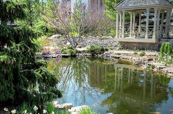 Walking To Allen Centennial Gardens >> A Spontaneous Walk Through The Allen Centennial Garden Led To This