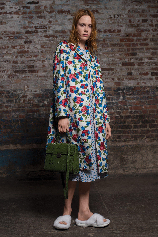 99919fac66ce Michael Kors Collection Pre-Fall 2018 Fashion Show | Pinterest ...