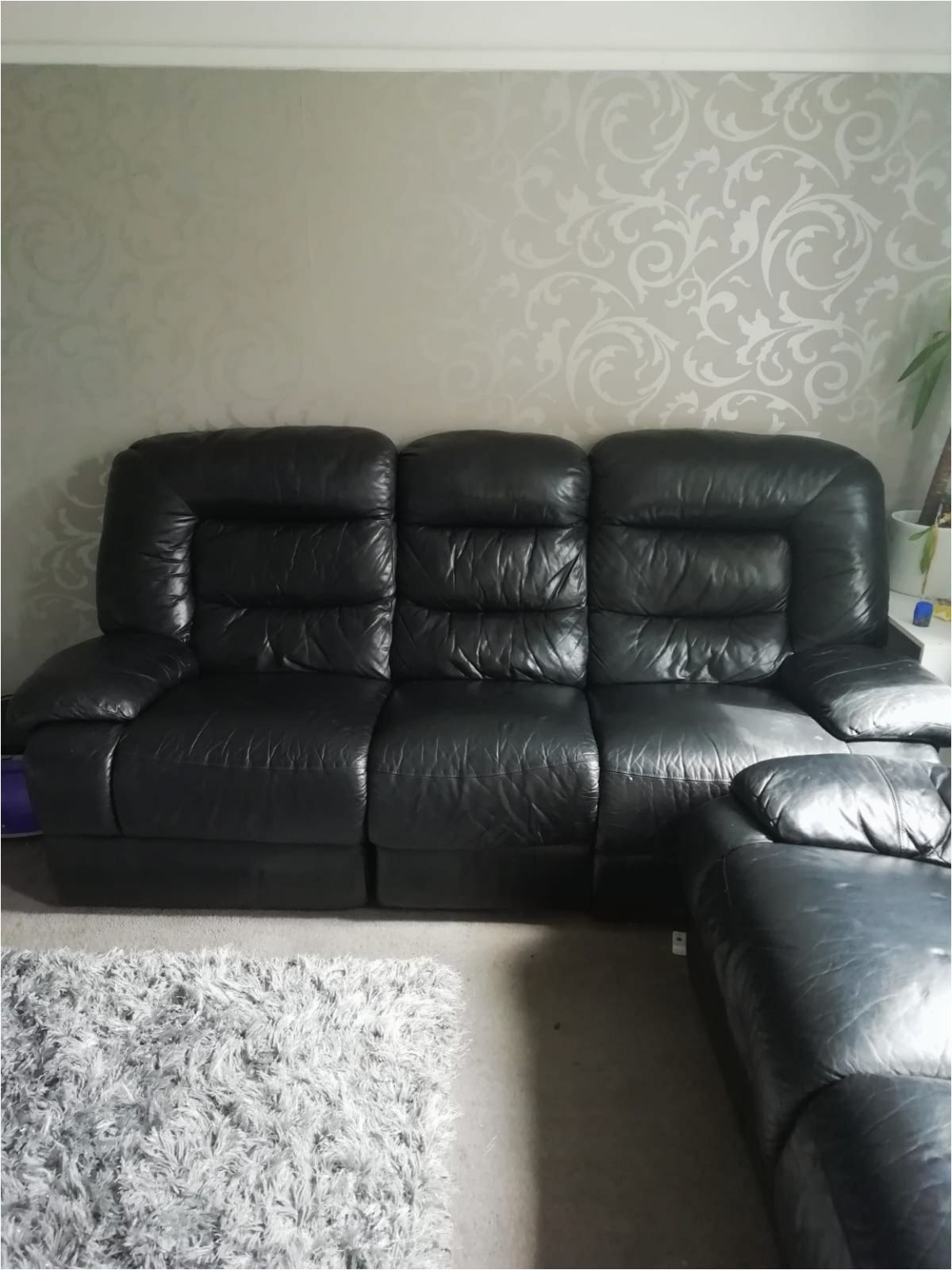 Lazy Boy Black Leather sofa in 2020 Black leather sofas