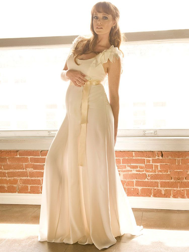 maternity wedding dress   Wedding Gowns Couture   Pinterest ...