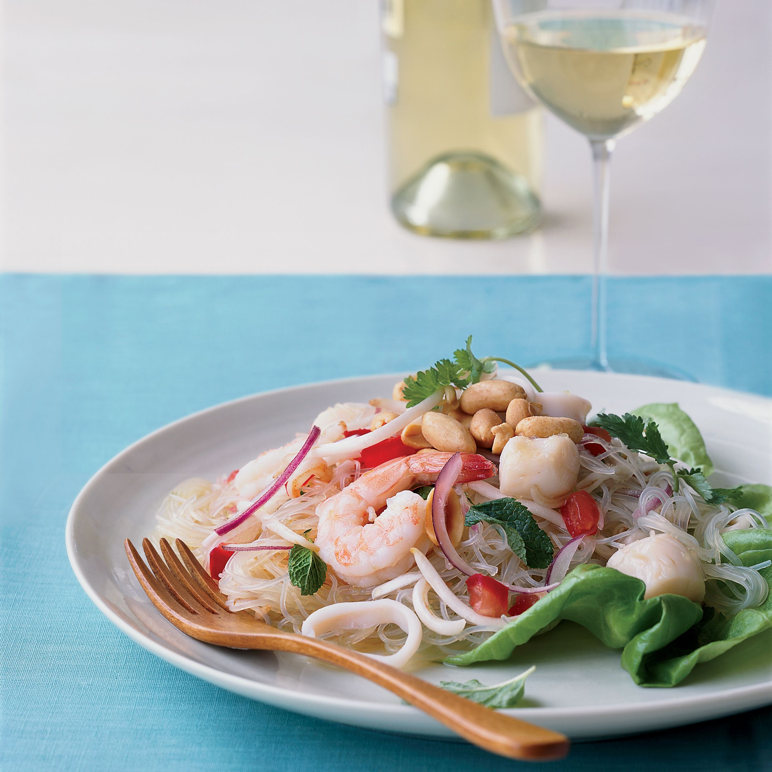 Thai Seafood Noodle Salad | Recept
