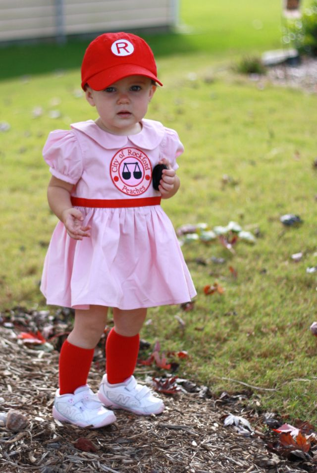 my girl is a rockford peach baseball player diy halloween costume - Baseball Halloween Costume For Girls