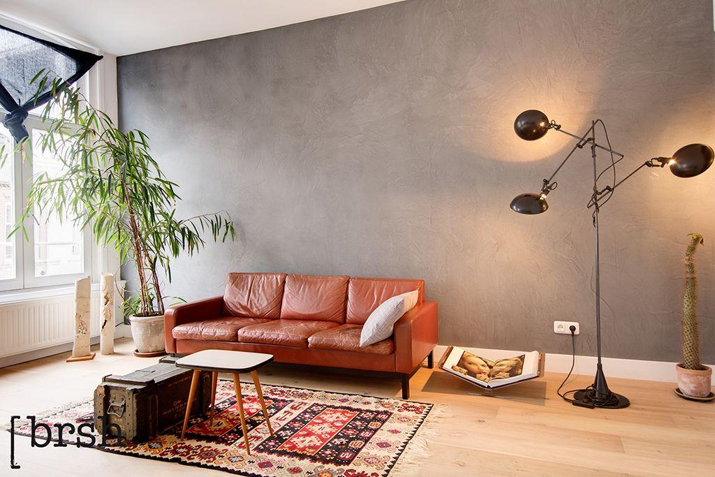 Marrakech walls haarlem brsh heeft dit prachtige appartement voorzien van een mooie grijze - Grijze verf leisteen ...