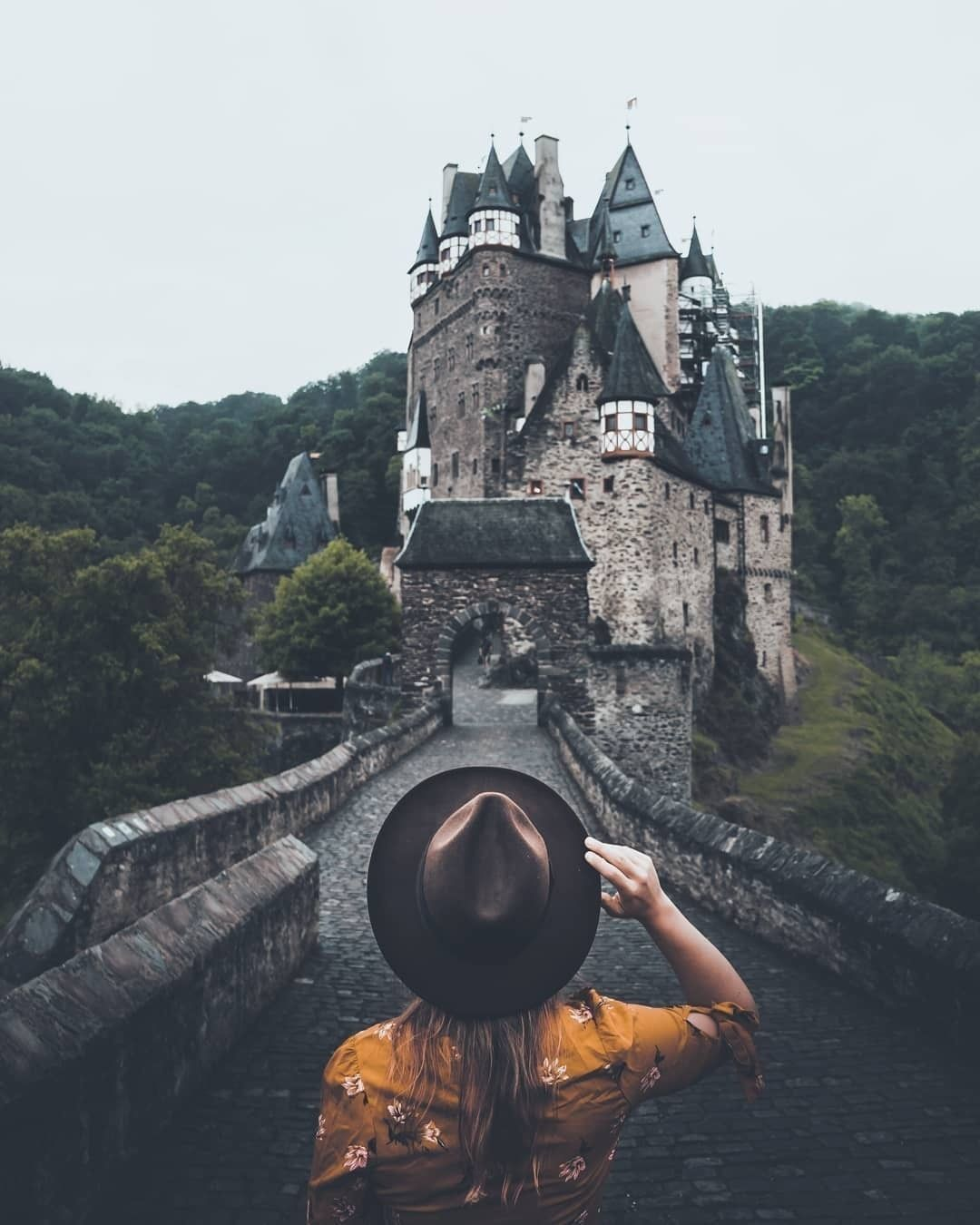 Burg Eltz Rheinland Pfalz Travel Instagram Landscape Silhouette Photo