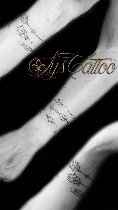 Tatouage Poignet Femme Bracelet 3 Fleches Qui S Enroulent Autour