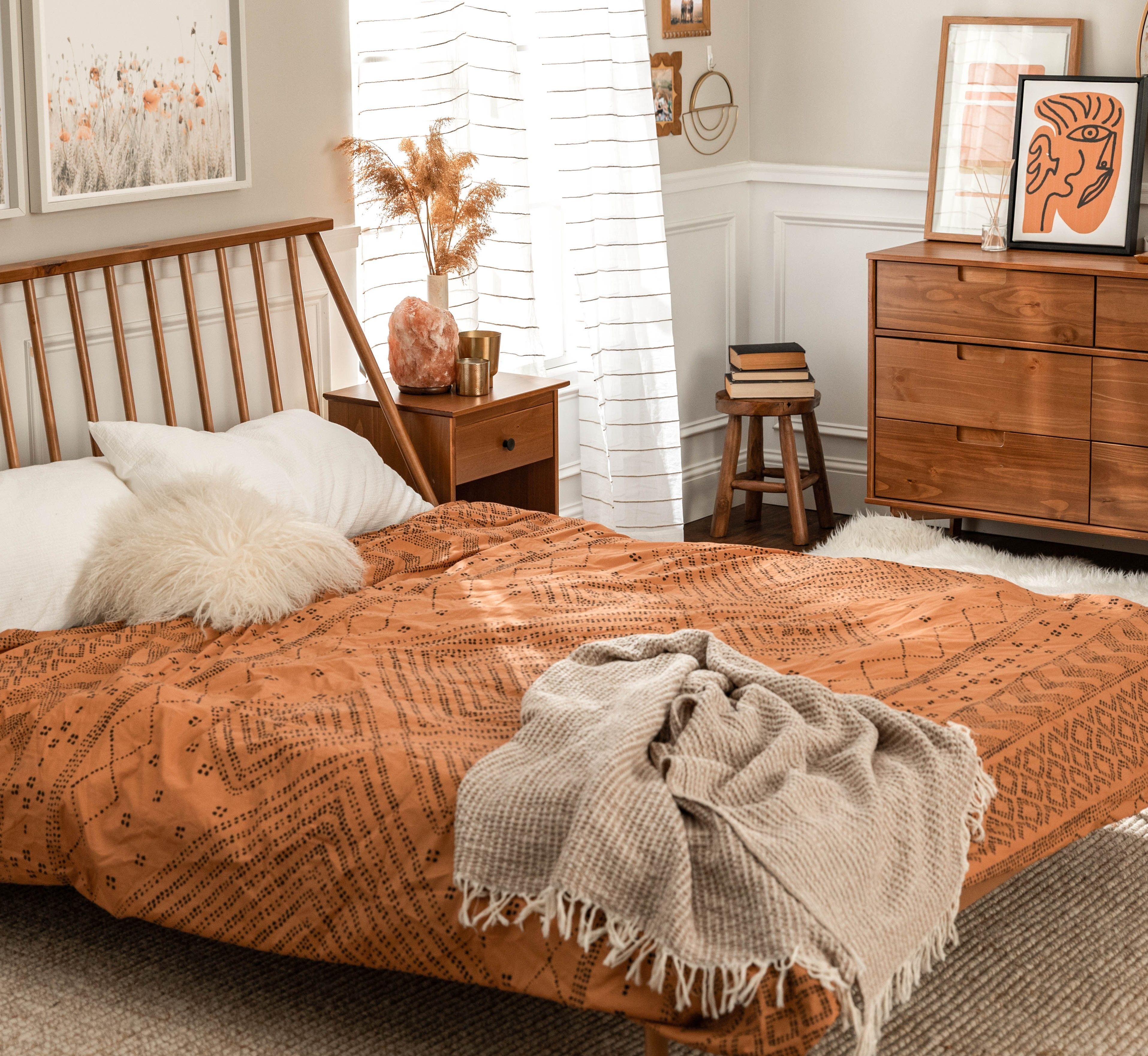 Spindle Back Solid Wood Queen Bed Wood Tones Edition Home Decor Bedroom Bedroom Bed Design Orange Bedroom Decor Fresh orange bedroom designs