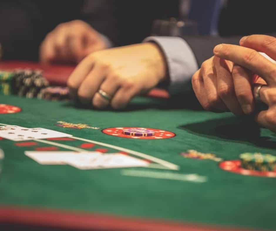37++ Table games online let it ride advice