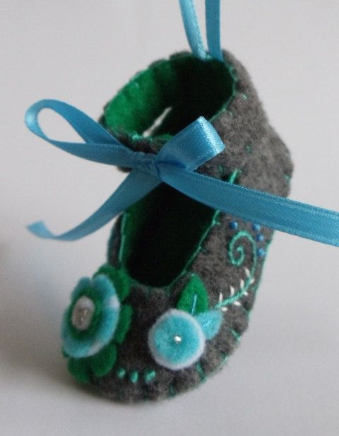 Babys First Christmas Felt Shoe Ornament