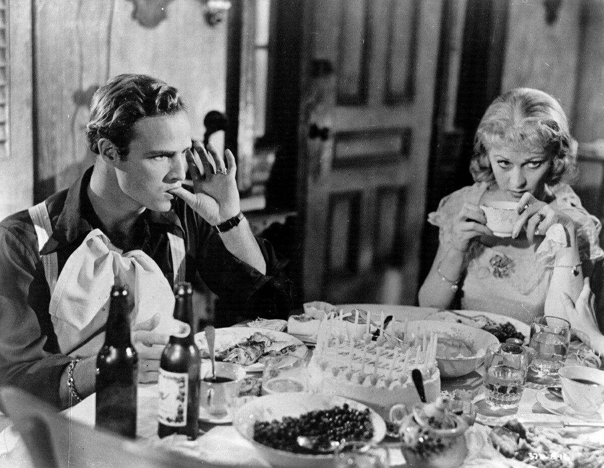 Vivien leigh and marlon brando in a scene from a streetcar named vivien leigh and marlon brando in a scene from a streetcar named desire 1951 buycottarizona