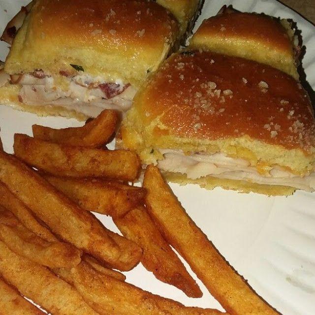 Grandma S Old Fashioned Bread Pudding With Vanilla Sauce Heavenly Recipes Chicken Bacon