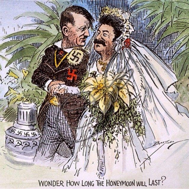 Германия и СССР подписали договор о ненападении. 75 лет назад в истории WW2, 23 августа 1939 г. Был публичной и частной версии. В общественных местах, она гарантировала ни одна из сторон будет союзником себя или помочь врагом другой стороны. Гитлер был дней от его вторжения в Польшу. Англия и Франция пообещали прийти на помощь Польши (они только недавно бросили Чехословакию под автобус). Сталин пытался заставить Англию, чтобы вести с ним переговоры, но Чемберлен не доверял Сталину и… Ww2 History, History Education, World History, World War Ii, Political Satire, Political Cartoons, Wwii, Cartoon Drawings, Germany