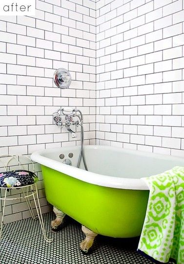 Charmant Penny Round Tiles W/black Grout...lime Green Claw Footed Tub...subway Tiles  W/black Grout...what Is Not To Love!!!