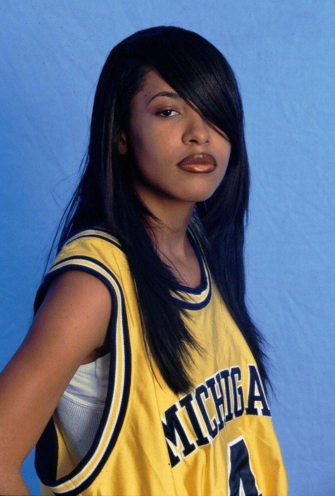 Aaliyah haughton Nude Photos 22