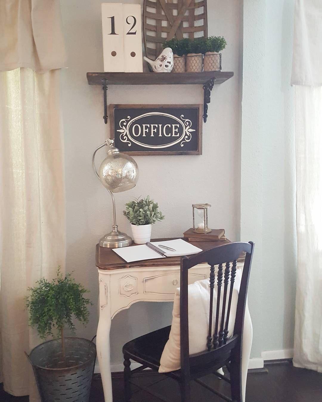 Writing desk. Farmhouse style. Desk. Family room