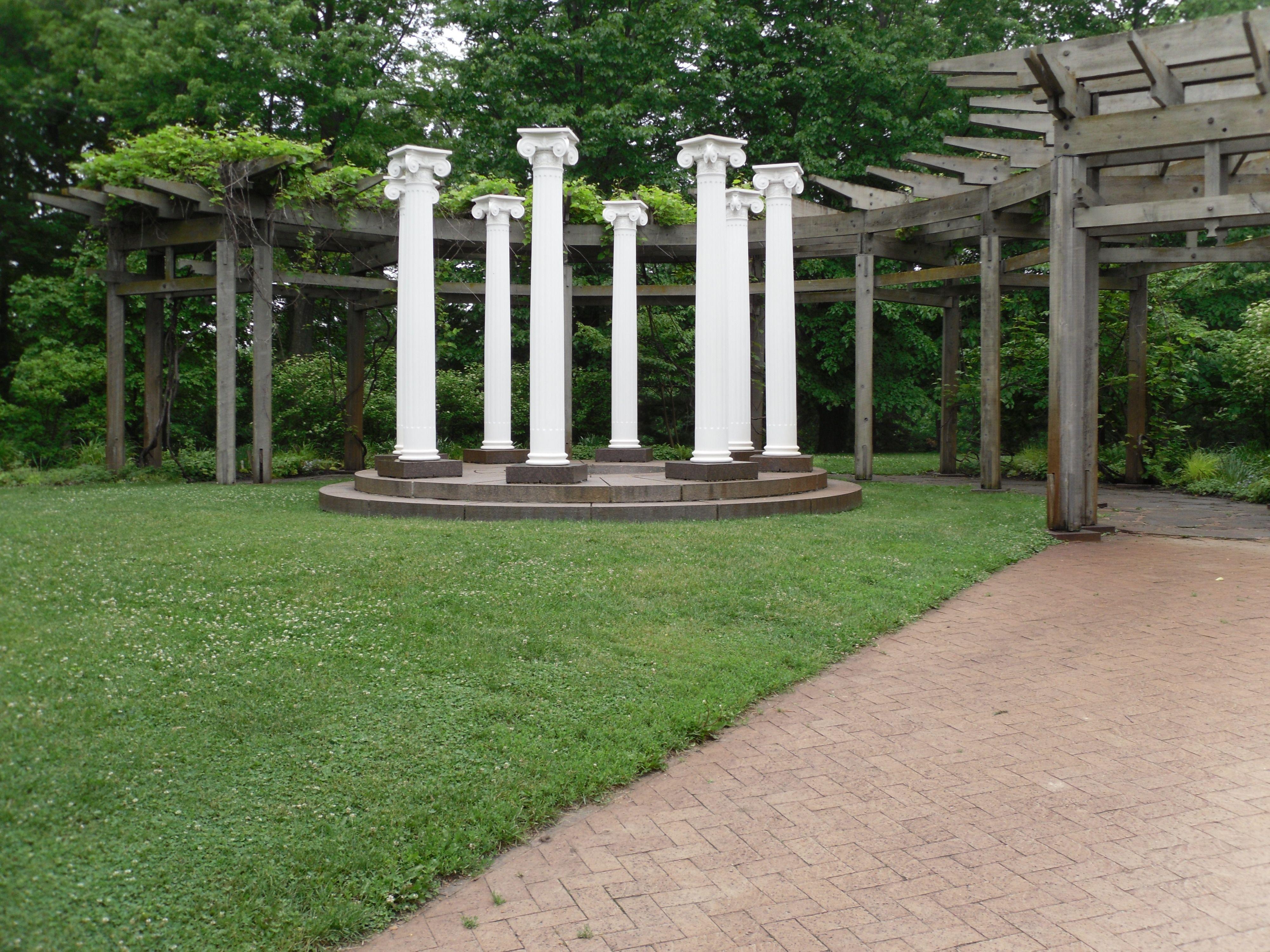 Noerenberg Gardens │Wayzata MN Wedding Venue Garden site