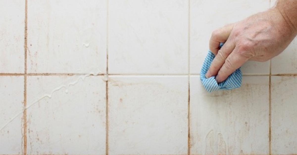 욕실 리모델링에 있는 기중 김님의 핀 욕실 청소 욕실 곰팡이 제거 욕실 타일 청소