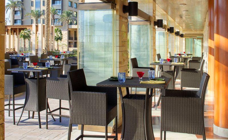 Jumeirah messilah beach hotel spa kuwait mint pool