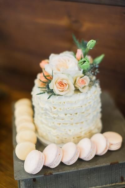 Snowy Texas Wedding at Thistle Springs Ranch | The Lovely Find