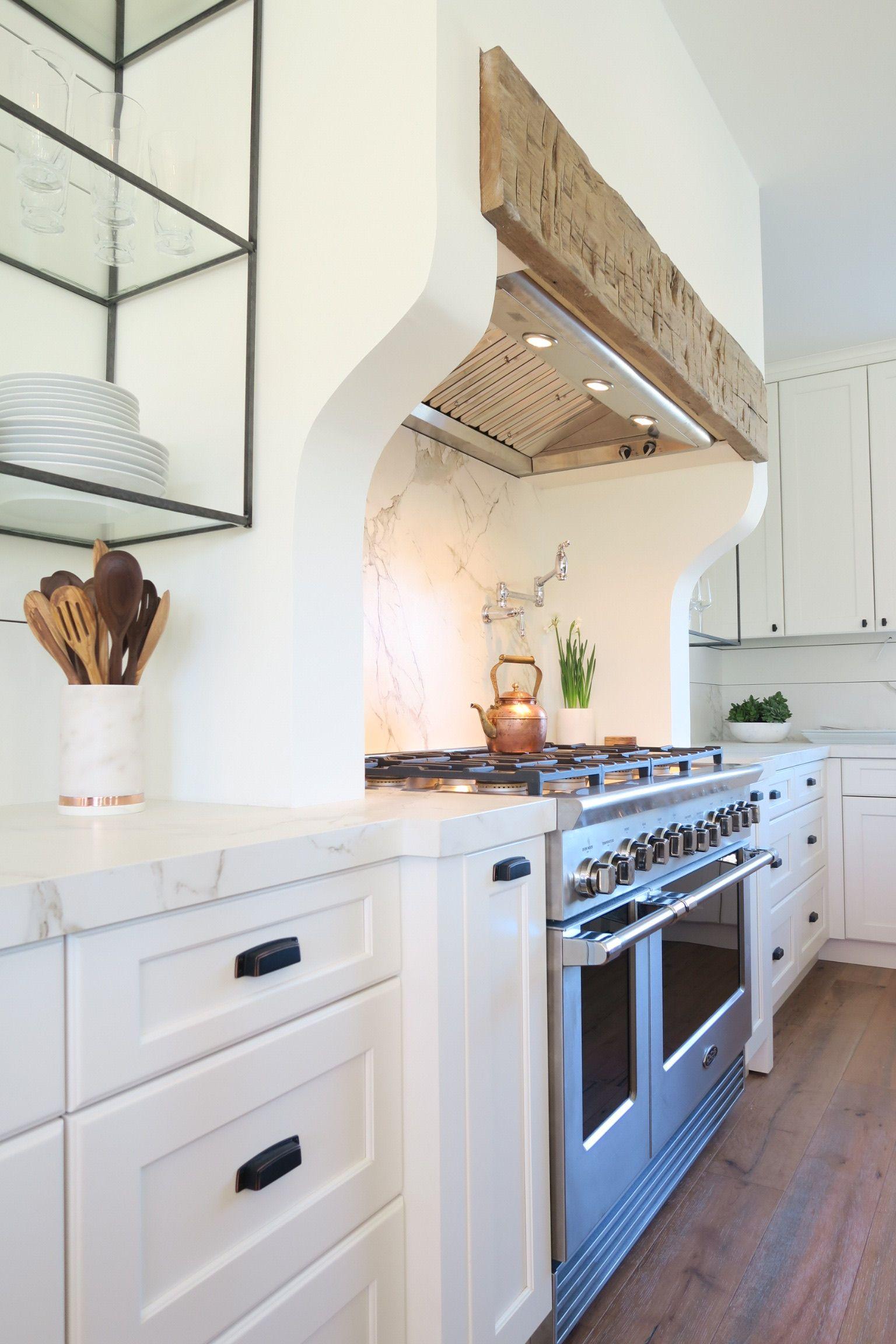 Beautiful white kitchen, farmhouse, dark hardware. Napa Valley ...