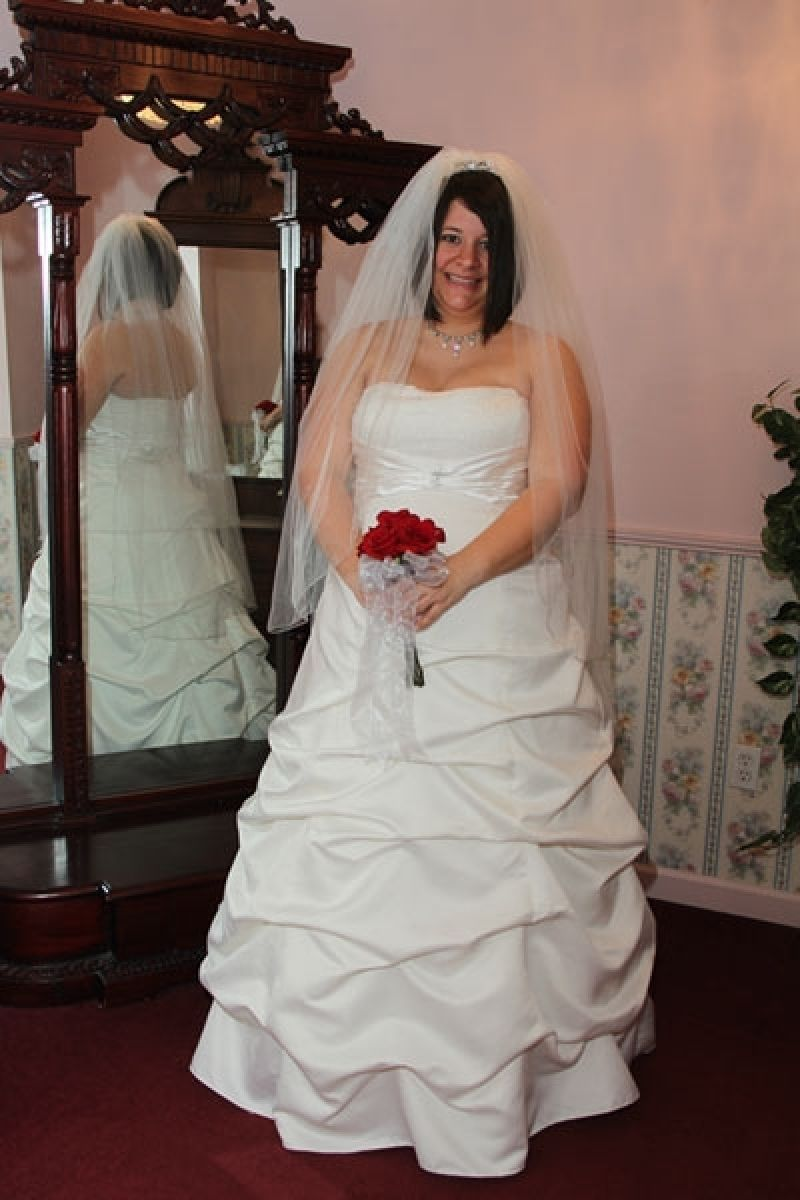 Where can i rent a wedding dress  Beautiful Rent Wedding Dress Nyc  Wedding dress and Weddings