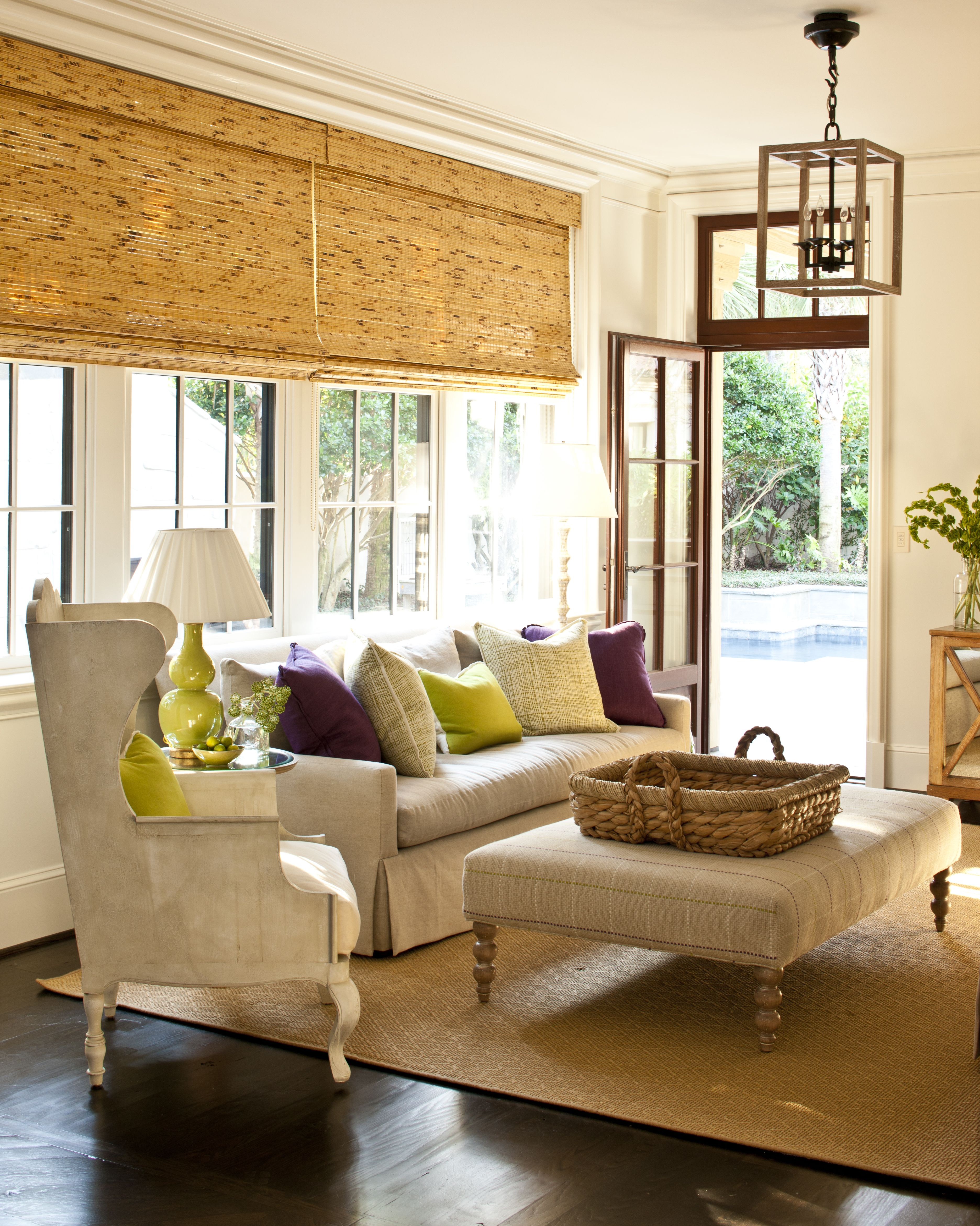 Great sitting area off breakfast room linen and casual window