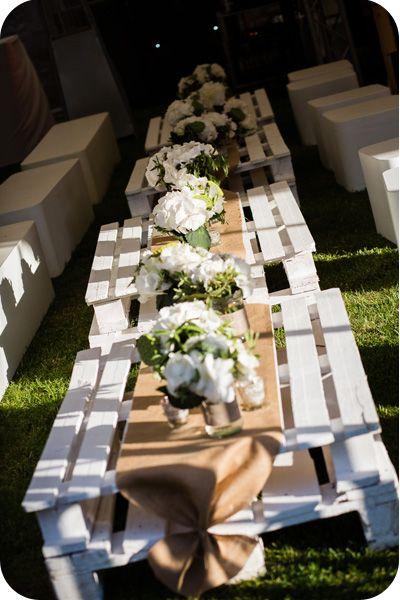 Id es de table mettre dehors pour l 39 ap ro mariage wedding decorations wedding et brunch - Palette deco jardin ...