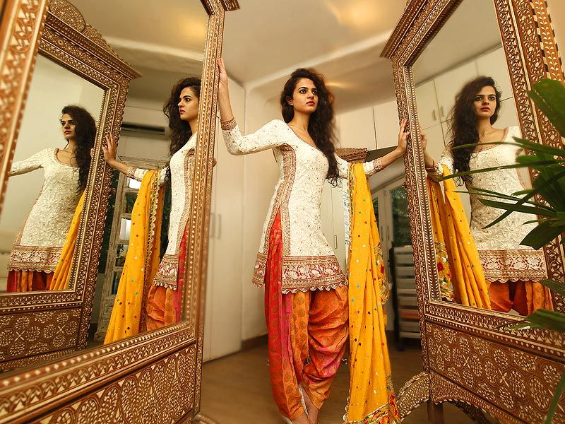 White and yellow salwar kameez #bighair #mirrors #desilove | Punjabi ...