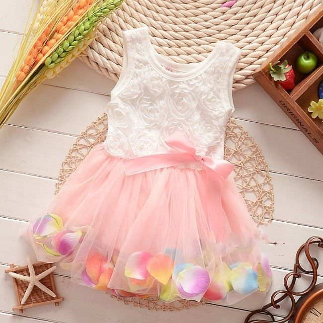 Peachy 3d Petals Dress Price Rs 1500 1 2 Years 2 3years 3 4years