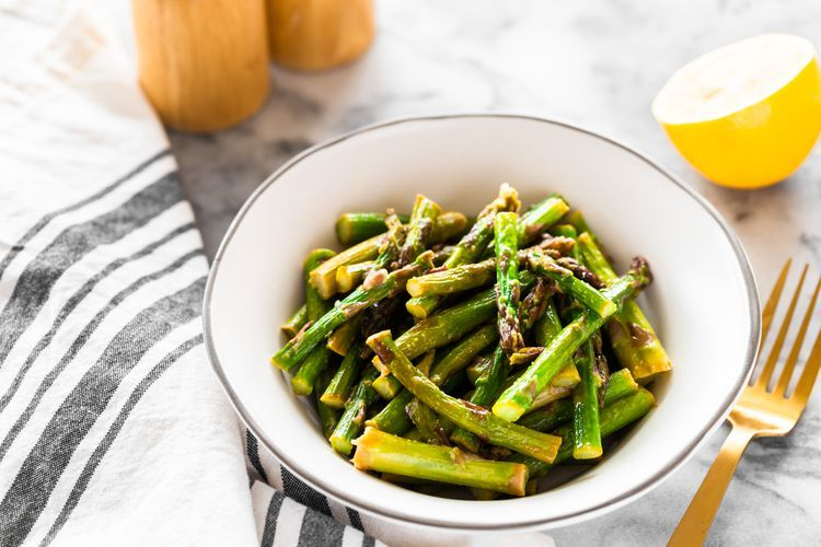 Quick And Vibrant Microwave Asparagus For The Busy Cook Recipe Asparagus Recipe Healthy Vegetable Recipes Microwave Asparagus