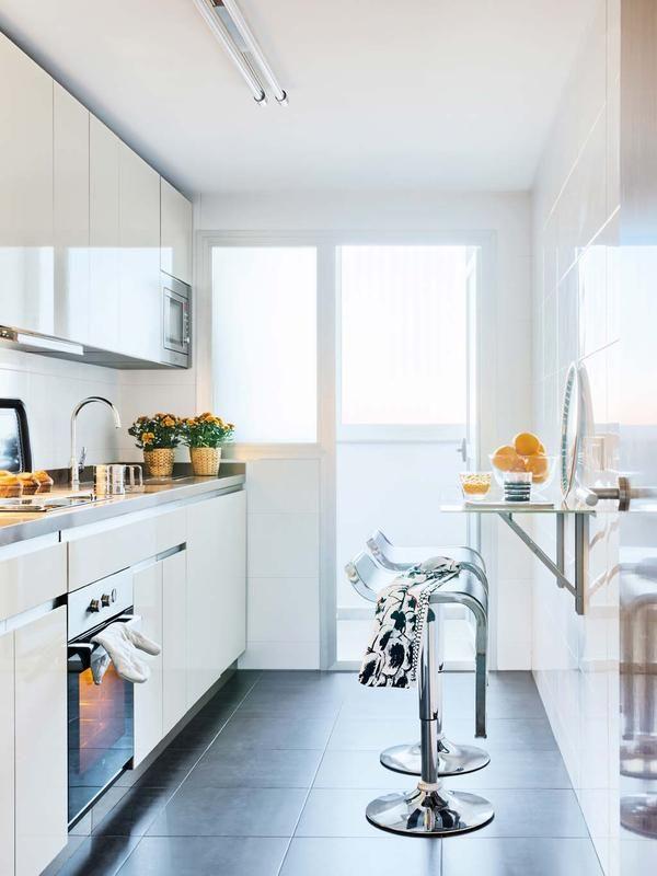 Pr cticas cocinas con barra cuines pinterest cocina - Amueblar cocinas pequenas ...