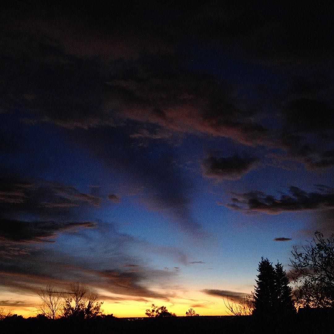 """Good Morning Colorado! #sunrise #colorado #coloradohikingorg"""