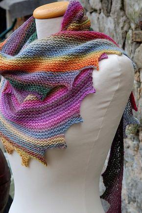 Me gustó mucho este hilo de tejer bufanda hecha. colorido y muy elegante. - los…