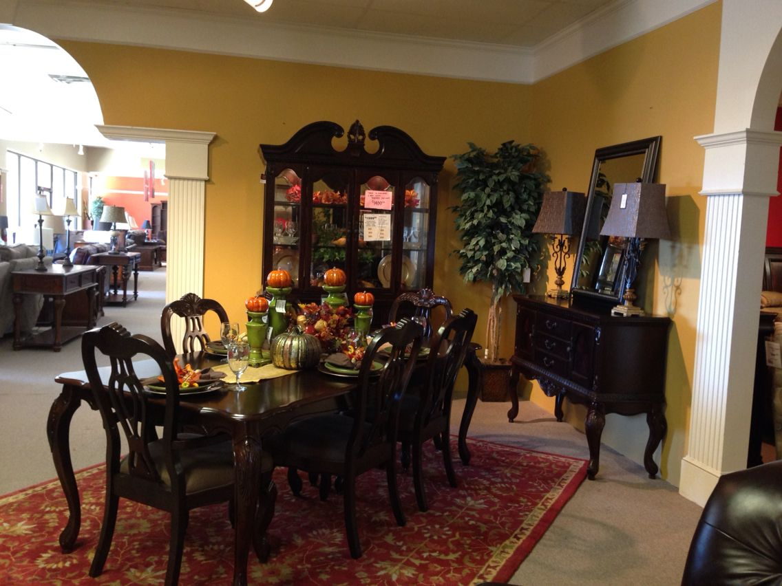 Royal Furniture 2 Winchester Memphis Tn Showroom Design Display