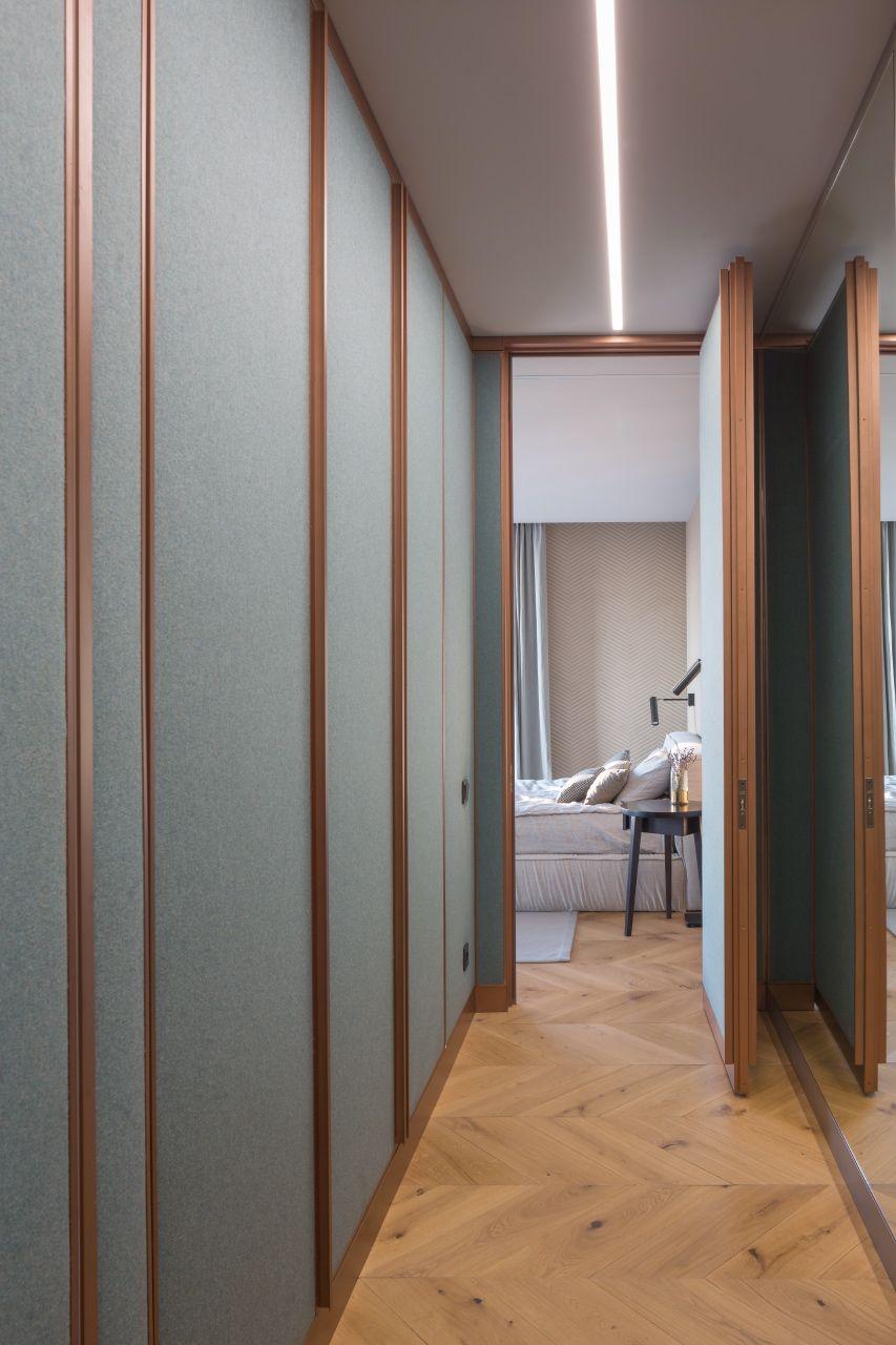 На фото в исполнении Hommie представлены скрытые двери и ...